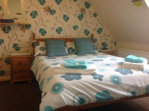 Cleasewood Guest House - Photo 3 of 77
