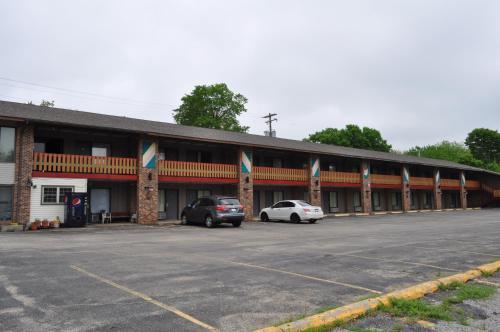 . Kewanee Motor Lodge