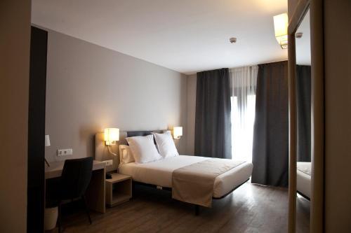 May Ramblas Hotel photo 3
