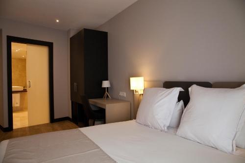May Ramblas Hotel photo 4