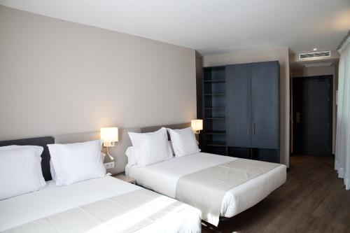 May Ramblas Hotel photo 8
