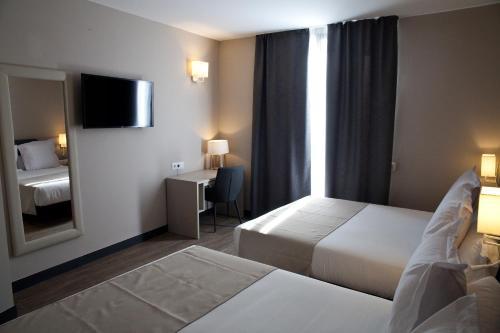 May Ramblas Hotel photo 9