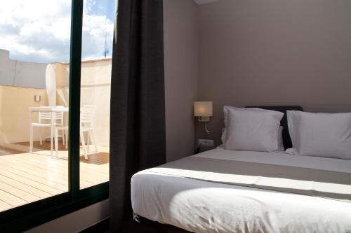 May Ramblas Hotel photo 10