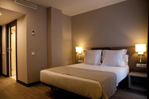 May Ramblas Hotel photo 12