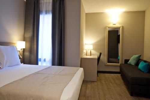 May Ramblas Hotel photo 14