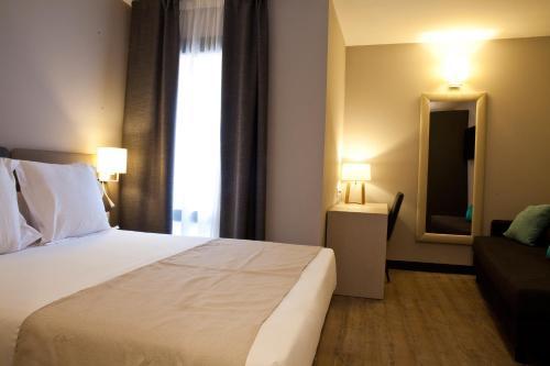 May Ramblas Hotel photo 15