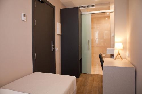 May Ramblas Hotel photo 21