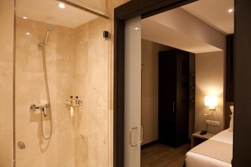 May Ramblas Hotel photo 22
