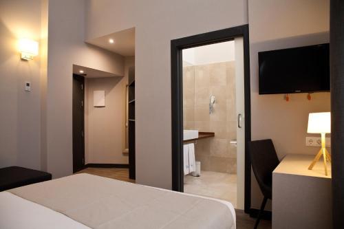 May Ramblas Hotel photo 23