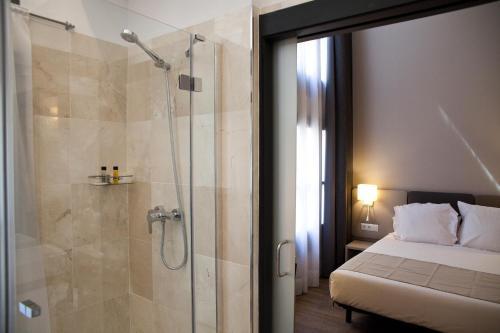 May Ramblas Hotel photo 26