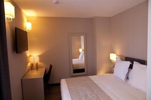 May Ramblas Hotel photo 30