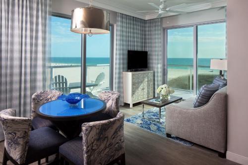 10800 Gulf Blvd., Treasure Island, FL, 33706, United States.