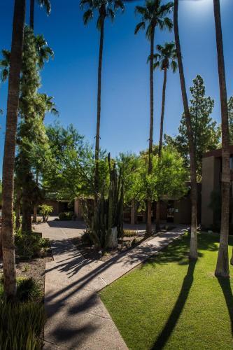 DoubleTree by Hilton Phoenix- Tempe - Tempe, AZ AZ 85282