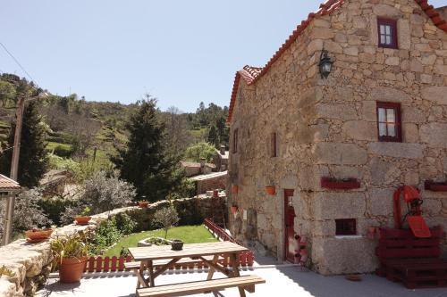 Casas Da Fonte - Serra Da Estrela - Photo 7 of 72