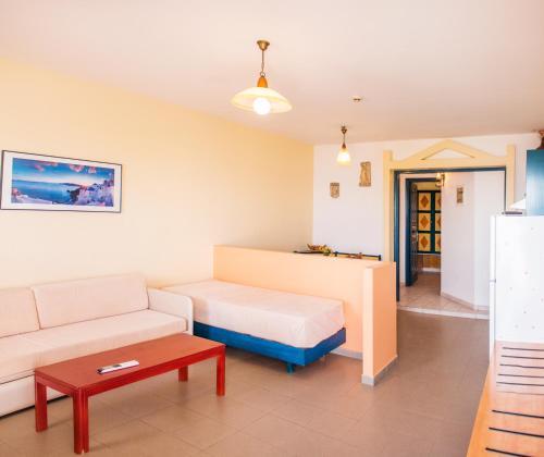 Limanaki Apartments