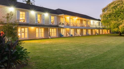 Discovery Settlers Hotel - Whangarei