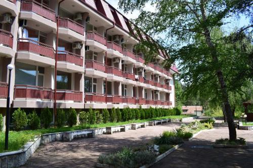. Constantzia Balneohotel