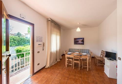 . Caletta Apartments