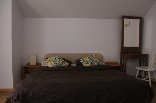 Double Room with Shared Shower and Toilet