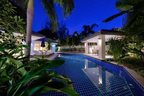 BAAN RIM TALAY - 2 Bedroom Beach Side Villa BAAN RIM TALAY - 2 Bedroom Beach Side Villa