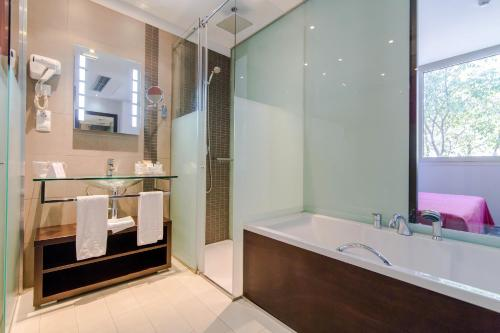 Hotel & Spa Villa Olimpica Suites photo 56