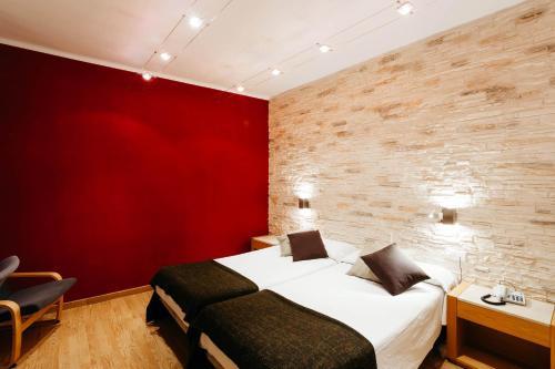 Hotel Travessera photo 59