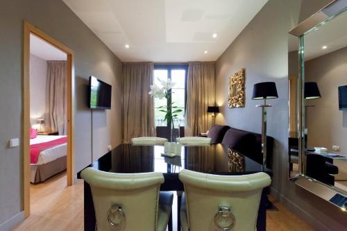 Grandom Suites photo 40