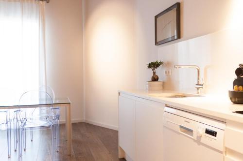 Decô Apartments Barcelona-Diagonal photo 56