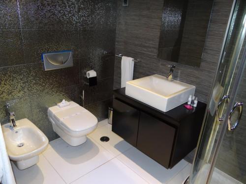 Фото отеля RK Suite Hotel
