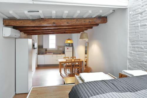 Barcelona Mercaders Apartments photo 37