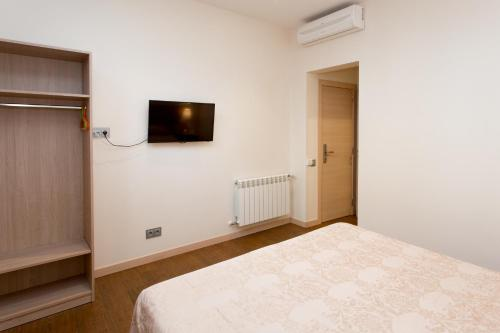 Hostal Excellence photo 56
