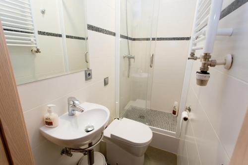 Hostal Excellence photo 57