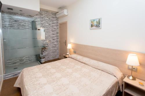 Hostal Excellence photo 61