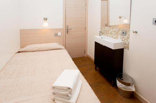 Hostal Excellence photo 66
