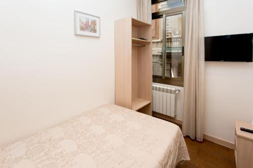 Hostal Excellence photo 68