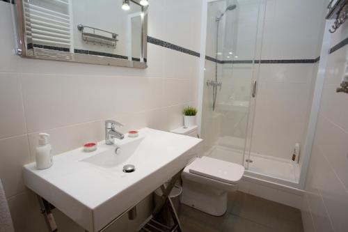 Hostal Excellence photo 74