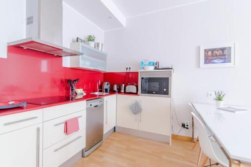 Pelayo Deluxe Apartments photo 43