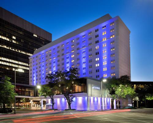 The Whitehall Houston - Houston, Texas