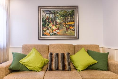 Akira Flats Sant Pau apartments photo 36