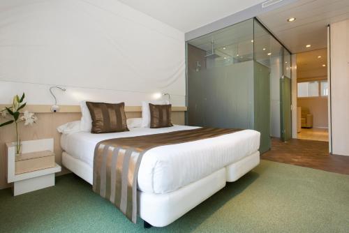 Ako Suites Hotel photo 43