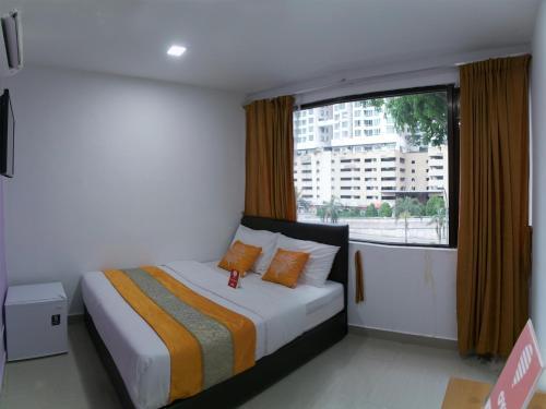 OYO 149 Hotel Lismar