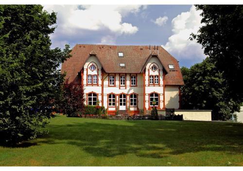 . Villa Knobelsdorff