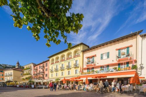 . Piazza Ascona Hotel & Restaurants