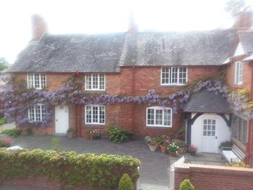 Cotton Farm (Bed and Breakfast)