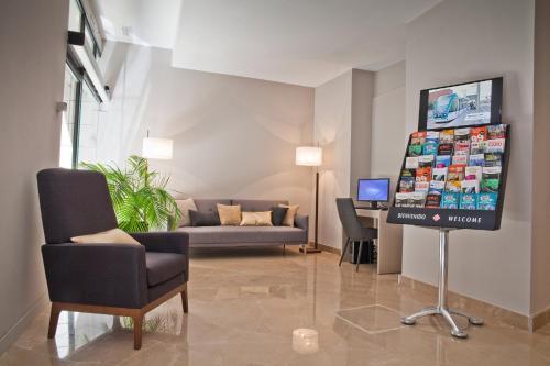 May Ramblas Hotel photo 38