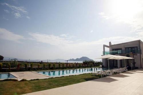 Aegean Pearl Suites