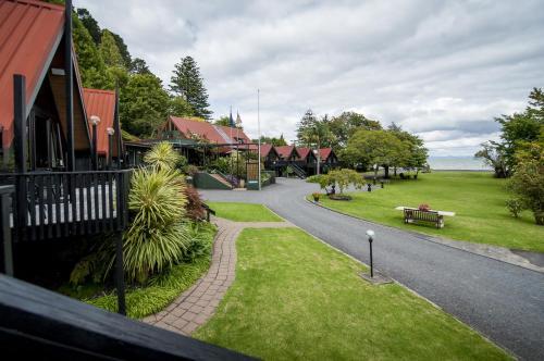 . Coastal Motor Lodge