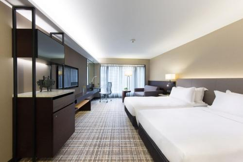 New World Millennium Hong Kong Hotel photo 17