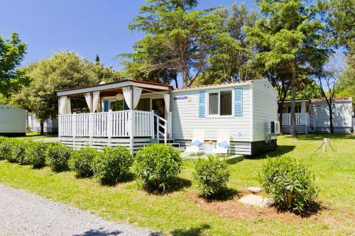 . Quality Mobile Homes in Camping Kazela