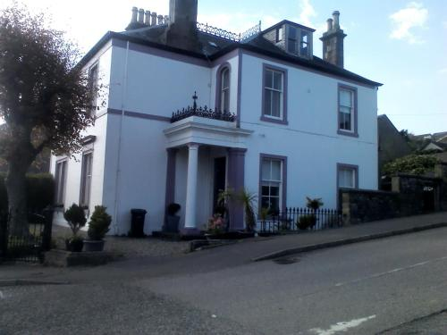 . Braefoot Guest House